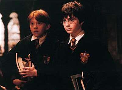 Quand Harry Potter voit-il Ron pour la première fois ?