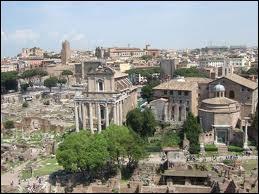 Quelle est la place principale de Rome ?