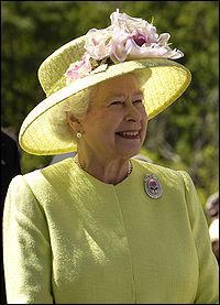 En quelle année Elisabeth II a-t-elle succédé à son père George VI ?