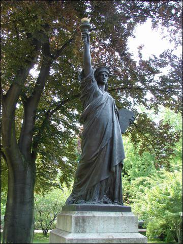 Quizz sculptures c l bres quiz celebrites sculptures - Jardin du luxembourg statue de la liberte ...