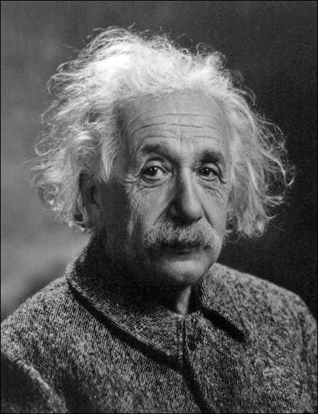 Quelle nationalité n'a jamais eue Albert Einstein ?