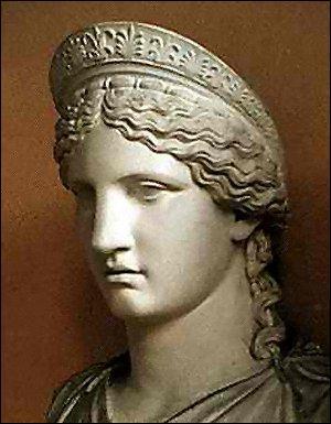Femme et soeur de Zeus, elle correspond à Junon dans la mythologie romaine :