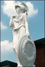 Déesse de la guerre et de la sagesse, j'ai aidé Ulysse à retrouver sa patrie :