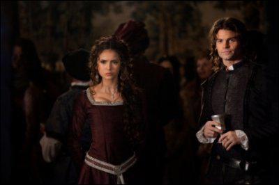 De qui est-elle tombée amoureuse avant de devenir vampire ?