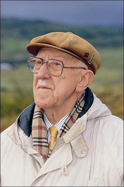 Parmi ces écrivains récompensés par le prix nobel, lequel est islandais ?