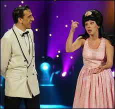 Mariés dans la vie, Shirley et Dino jouent quels rôles dans leurs sketchs ?