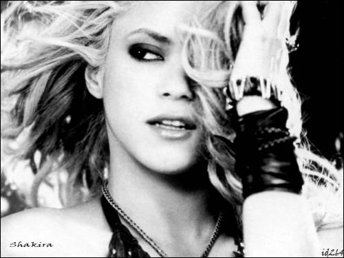 De quel pays Shakira est-elle originaire ?