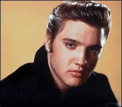 Combien de disques ont été vendus de son vivant par Elvis Presley ?