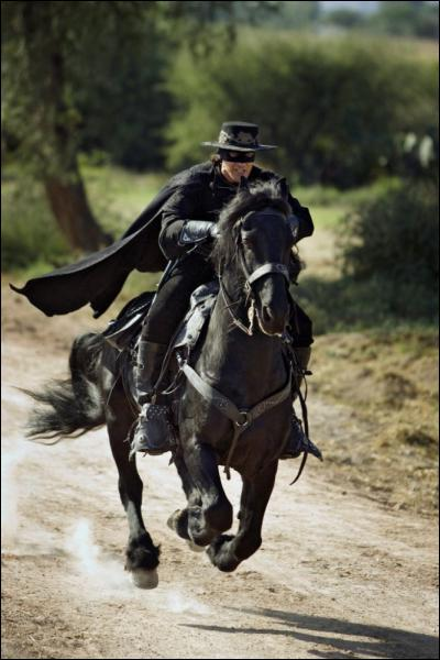 Comment s'appelle le cheval de Zorro ?