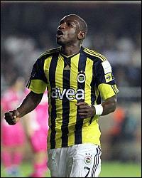 En Turquie, Fenerbahce remporte le championnat au goal-average devant Trabzonspor. Première saison en Turquie réussie pour son attaquant sénégalais, auteur de 15 buts…