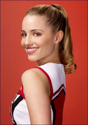 Avec quelle actrice de Glee, l'interprète de Quinn (Dianna Agron) a-t-elle vécu ?
