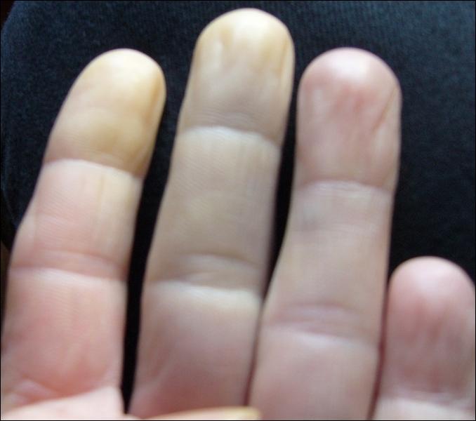 ''Savoir sa leçon sur le ''bout des doigts'' , c'est parfait. Cela vient...