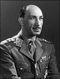 Mohammad Zaher Shah devient roi d'Afghanistan le 8 novembre...