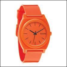De quelle couleur est cette montre ?