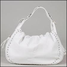 De quelle couleur est ce sac ?
