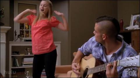 Quelle est la chanson chantée par Quinn ?