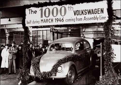 Fondée sur ordre d'Adolf Hitler, Volkswagen sortira en 1938 sa première voiture, la Coccinelle, conçue par...