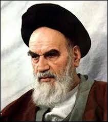 Un shah ne retombe pas toujours sur ses pattes. En 1978, l'ayatollah Khomeini a réussi à en faire chuter un en Iran. Quel était le nom de famille du Shah d'Iran ?