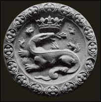 François I er avait dans ses armoires une salamandre.