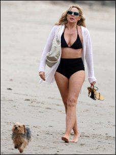 Où a-t-elle adopté son petit chien ?