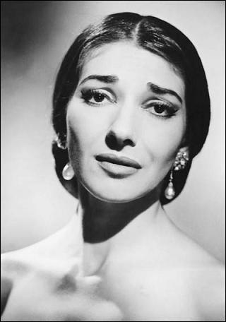 Quelle actrice va incarner Maria Callas dans un film appelé 'Callas' en 2011 ?