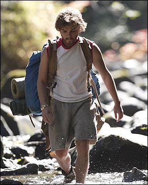 Quel acteur incarne le jeune Christopher McCandless, un jeune étudiant qui décide de partir à l'aventure et à la découverte du monde dans le film 'Into the Wild' en 2007 ?