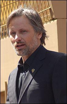 Qui tient le rôle d'Aragorn ?