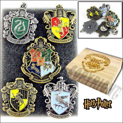 Quels sont les objets de chaque maison ?