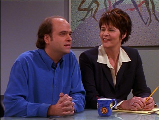 C'est Pete Hornberger dans la série '30 Rock'. Quel acteur joue le metteur en scène qui désire voir Joey nu ?