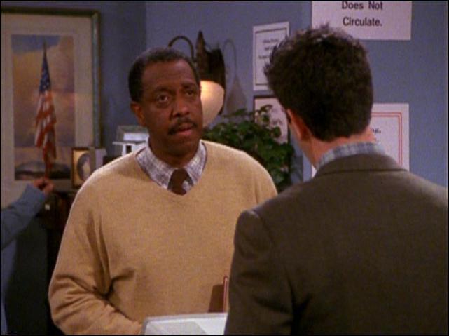 Après un premier rôle récurrent dans 'Baretta', il apparaît dans 'Rain Man' et 'Le Sixième Sens' ainsi que dans une quarantaine de séries. Quel personnage joue Michael D. Roberts dans Friends ?