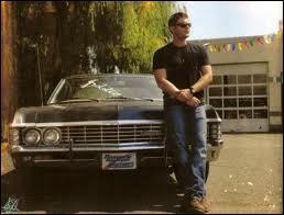 Quels genre de faux-noms Dean s'invente t-il ?
