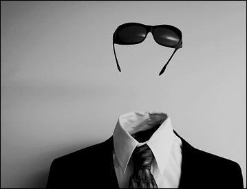 Qui a écrit ' L'homme Invisible' ?