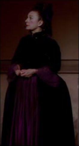 Comment s'appelle la comédienne qui interprète Anna-Maria Mozart ?