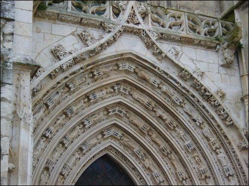 Roman ou gothique ?