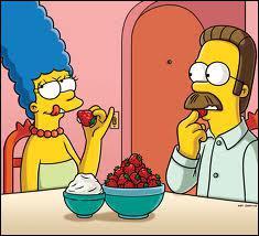 Avec qui mange Marge ?