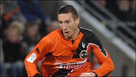 Morgan Amalfitano quitte Lorient et jouera l'an prochain avec quel club ?