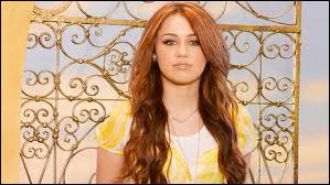 Dans Hannah Montana Forever, Miley révèle un de ses secrets, lequel ?