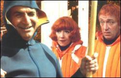 Dans ce film, Louis de Funès est un chef d'entreprise de construction de bateau. Toute les membres famille de l'un de ses employés ont les cheveux roux. De quel film s'agit-il ?
