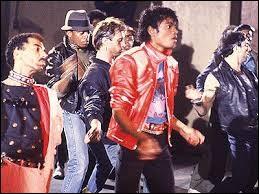 Un fameux solo de guitare a une large place dans ''Beat It'' . Qui l'a interprété ?