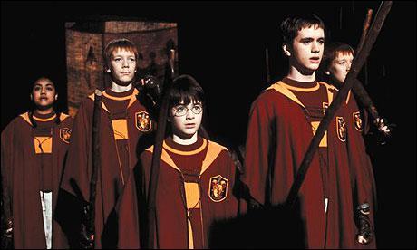 Lors du match de quidditch, qui affronte Griffondor ?