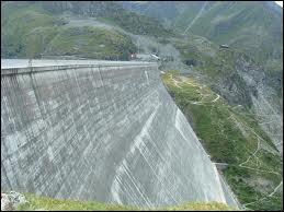 Le plus haut barrage-poids du monde se trouve en Valais. Comment se nomme-t-il ?