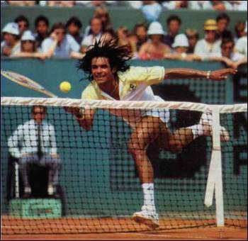 Il a gagné Roland Garros en 1983. Il s'agit de ?