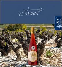 Dans quel département vendange-t-on les vignes de Tavel ?
