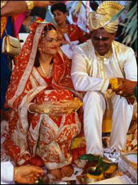 Quel mariage traditionnel voit-on sur cette photo ?