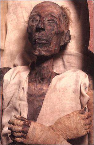 Où peut-on voir la momie de Ramsès II ?