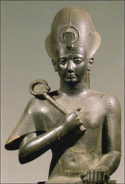 Les victoires de Ramsès II ont mené son armée loin de l'Egypte, jusqu'aux portes de... ?