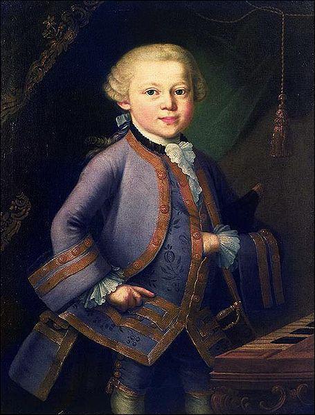 Mozart est un prodige de la musique. Il a l'oreille absolue ainsi qu'une mémoire eidétique. A quel âge commença-t-il à composer ses propres œuvres ?