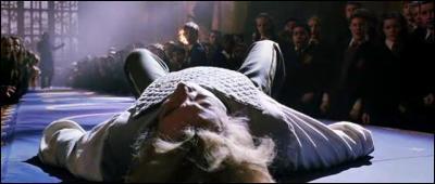 Avec qui le professeur Lockhart met-il sur pied son club de duel ?