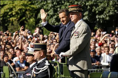 La dernière garden party de l'Elysée a eu lieu en 2009. Au nom de l'Etat modeste, Nicolas Sarkozy avait réduit le nombre d'invités d'un tiers, le ramenant à...