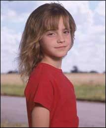 Pendant les vacances de Noël , Hermione a dit aux garçons de chercher qui est Nicolas Flamel. Mais elle se rend compte qu'elle ne les a pas fait chercher au bon endroit. Elle dit alors qu'elle est :